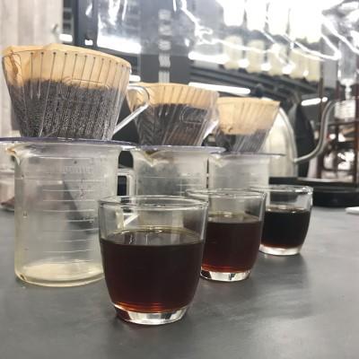 カフェインレスコーヒーの飲みくらべ
